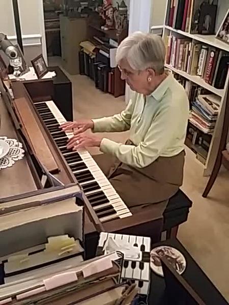 Barbara Roewe Playing Piano Videos