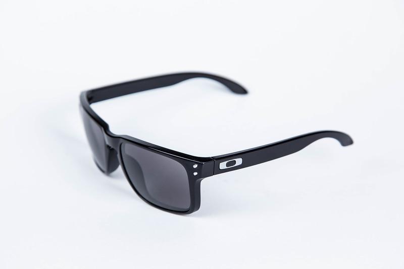 Oakley-1