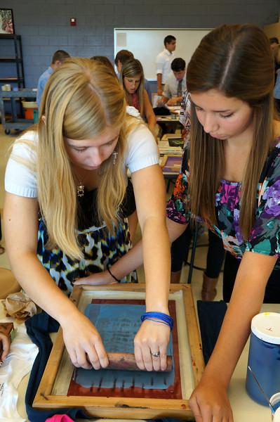 Lutheran-West-Art-Class-Silk-Screen-T-Shirts--September-2012--99.JPG