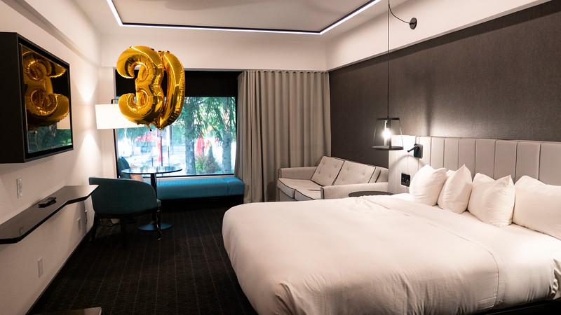 Montreal-HotelBonaventure02.jpg