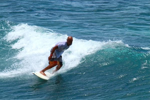 SURFING HO;OKIPA JUNE-JULY 2011