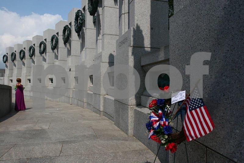 WWII memorial 1022.jpg