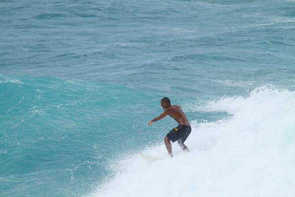 SURFING HO'OKIPA DEC 2011
