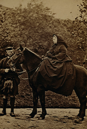 Atwater Library talk on pioneering Scottish photographer—June 22, 2017