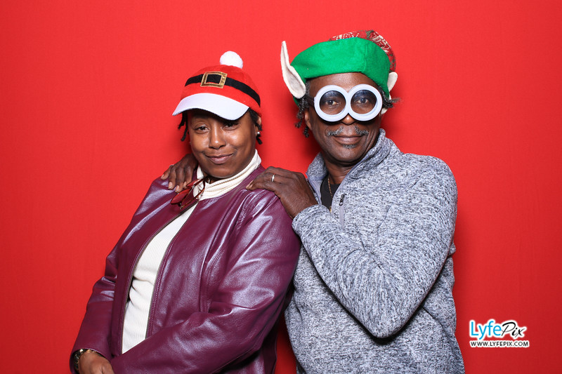 eastern-2018-holiday-party-sterling-virginia-photo-booth-0171.jpg