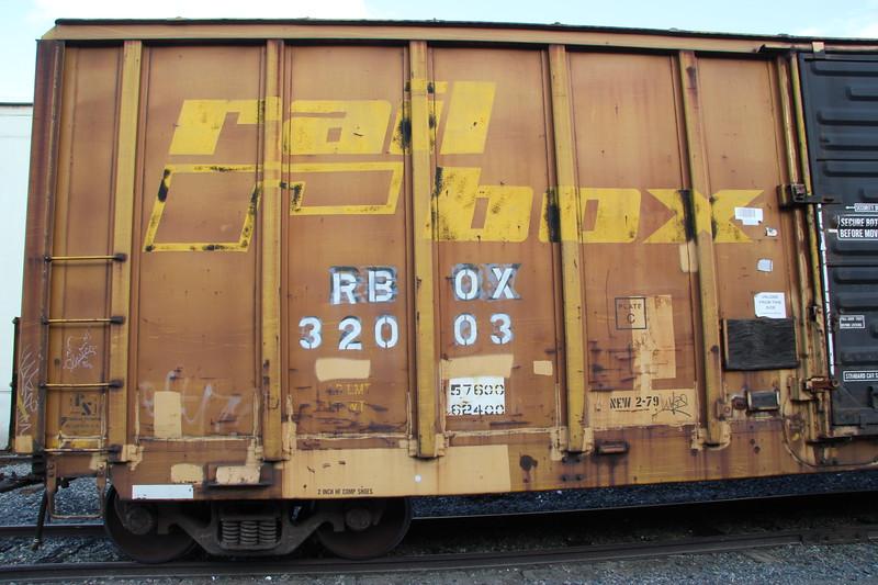 RBOX32003_02.JPG