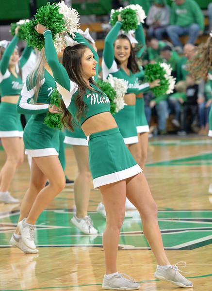 cheerleaders8892.jpg