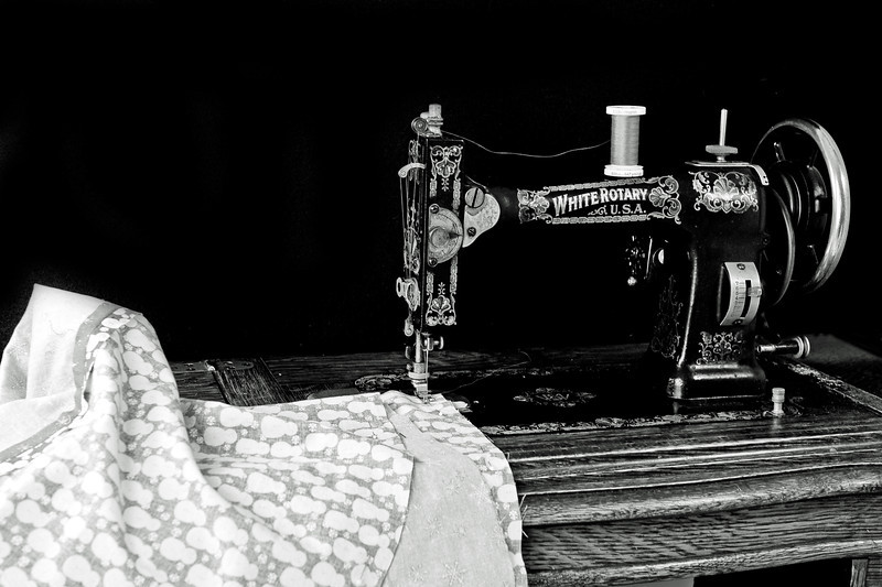 20131112 Sewing Pillowcases-6192-3 edited.jpg