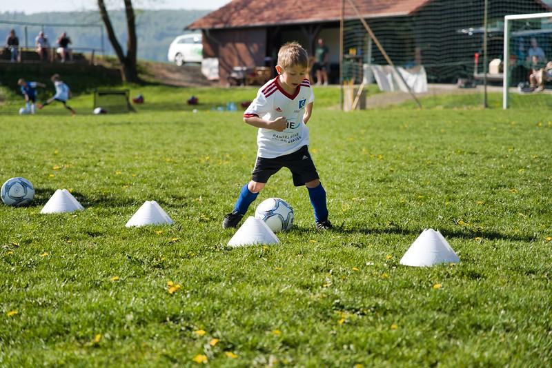 hsv-fussballschule---wochendendcamp-hannm-am-22-und-23042019-u19_32787654957_o.jpg
