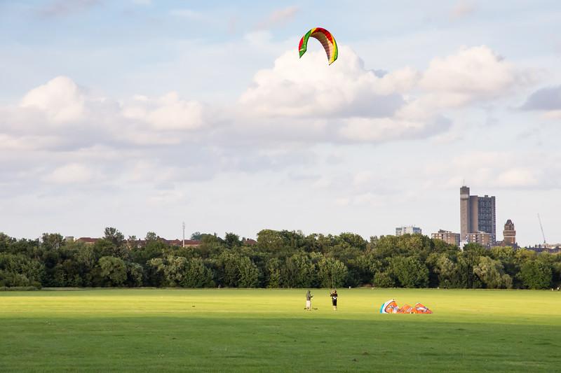 Kite flying on Wormwood Scrubs