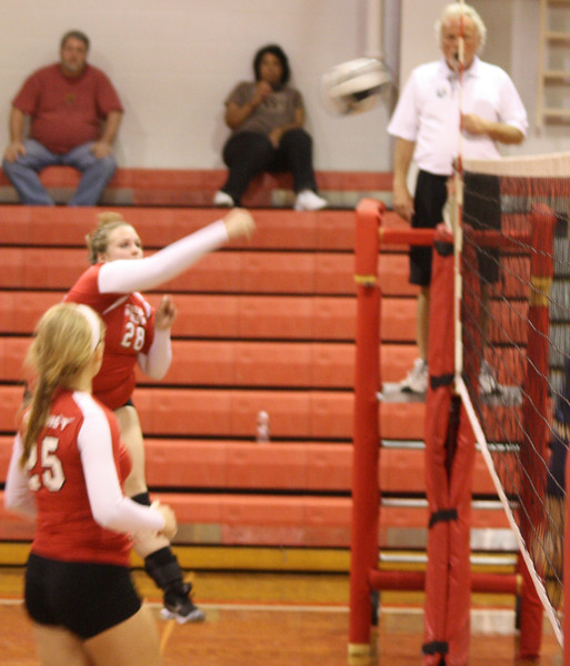 Lutheran-West-Volleyball-vs-Oberlin-2012-9-18--35.JPG