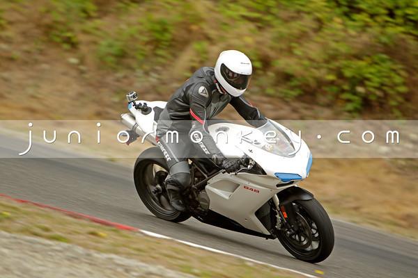 Ducati - White 848 2