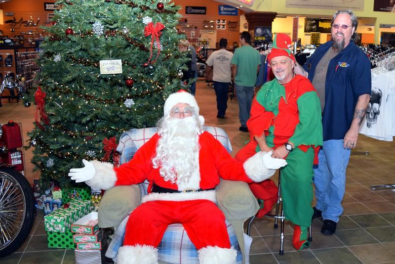 2014 Santa Visits J&P Cycles Florida Superstore (63).JPG