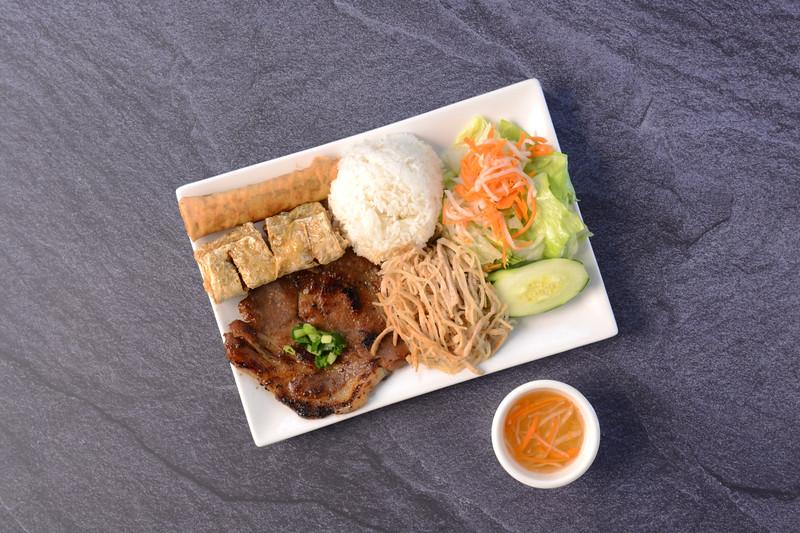 House Of Pho – Fried Shrimp Cake, Egg Roll, Pork Chop & Shredded Pork Over Rice -0081.JPG