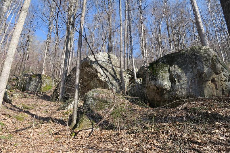 Ewing Trail - 2,080'