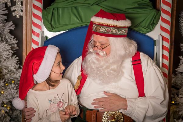 2017  1-3p Santa at the Grove Arcade