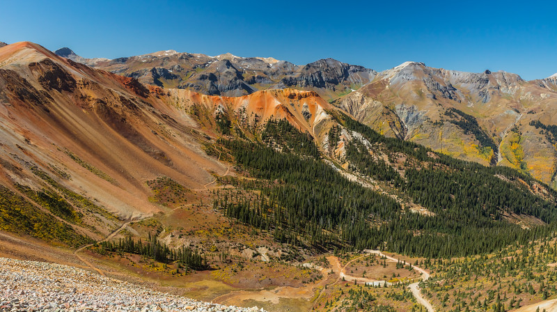 Red Mountain scenery along the Alpine Loop (near Ouray)