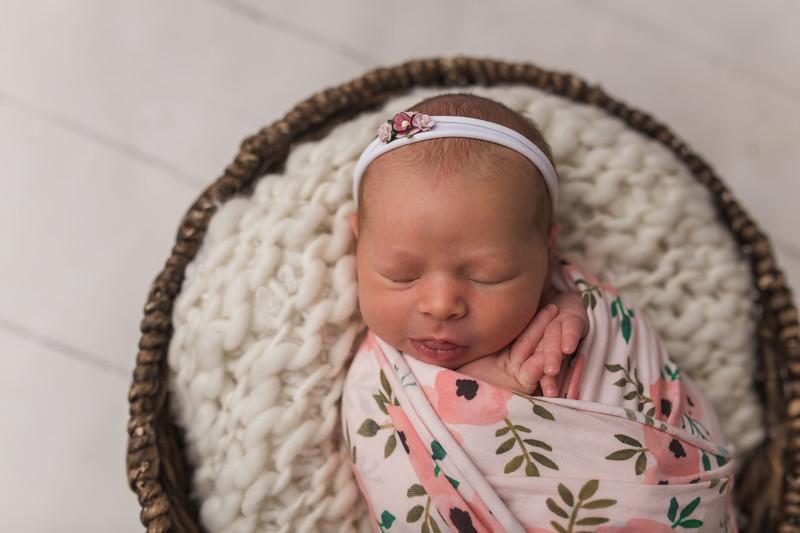 Kaylyn Newborn-32.jpg