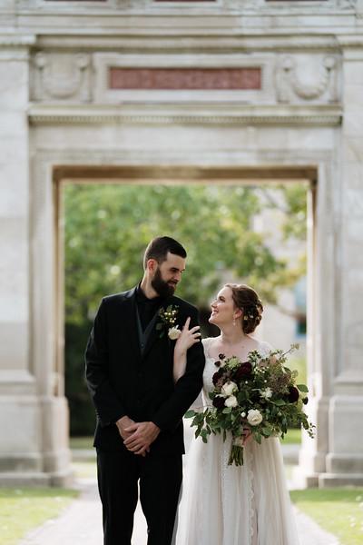 rustic_ohio__fall_barn_wedding-129.jpg