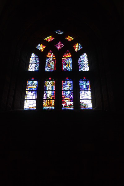 St. Magnus Cathedral, Kirkwall, Orkney - 04.jpg