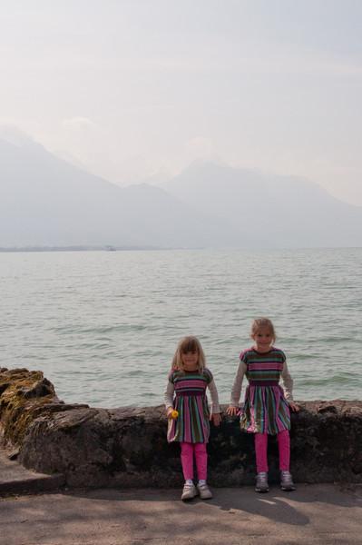 Elisabeth and Charlotte in front of Lake Geneva (Lac Lemon) near Chillon Castle.
