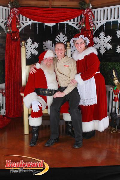 Santa 12-17-16-650.jpg