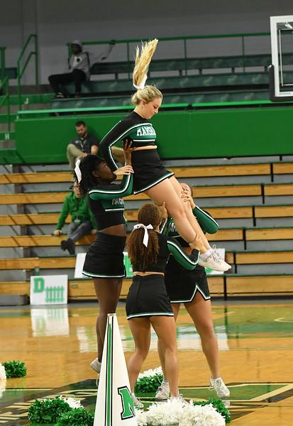 cheerleaders0437.jpg