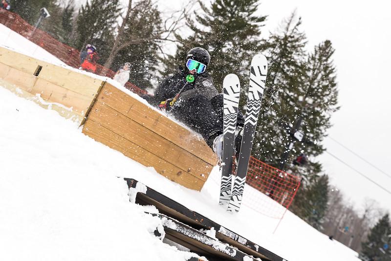 Mid-Season-Party_2017_Snow-Trails-9638.jpg