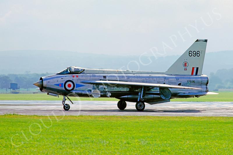 BAC Lightning 00009 BAC Lightning British RAF XP696 by Arthur Davies.JPG