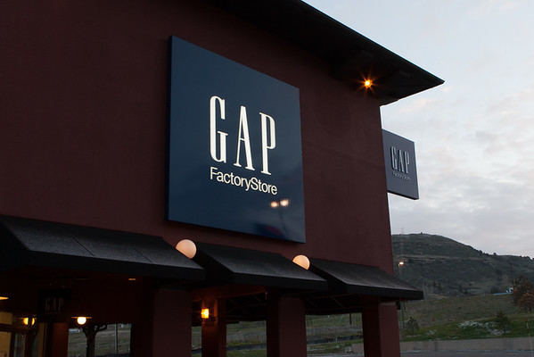 New Gap sign pix - 4-21-2015