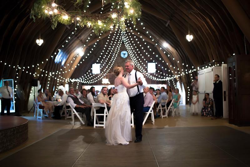 Garrett & Lisa Wedding (587).jpg