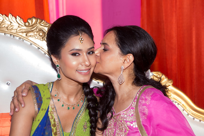 Le Cape Weddings - Shelly and Gursh - Mendhi-13.jpg