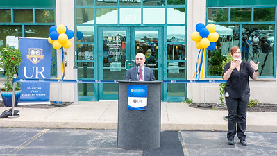 UR cuts ribbon on New Ambulatory Services Building