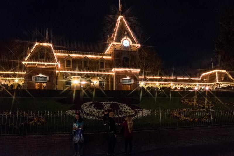 Hawaii Disneyland 2018 FUji-2-178.jpg