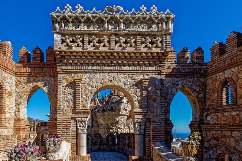 Castillo Aguilas-150121-W-19.jpg