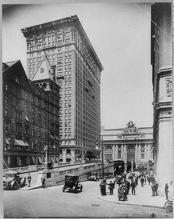 . Grand Central Station, New York City: Park Ave. Bridge in foreground.; R.R. Station in background. Ca. 1919 (Library of Congress)