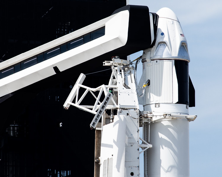 WS-SpaceX Dragon DM1-0027.jpg