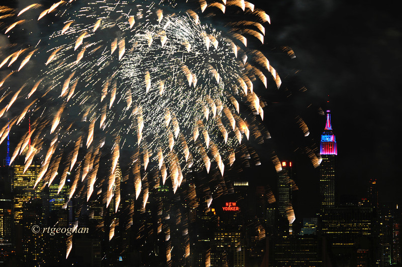 July 4_Macy Fireworks_1197.jpg
