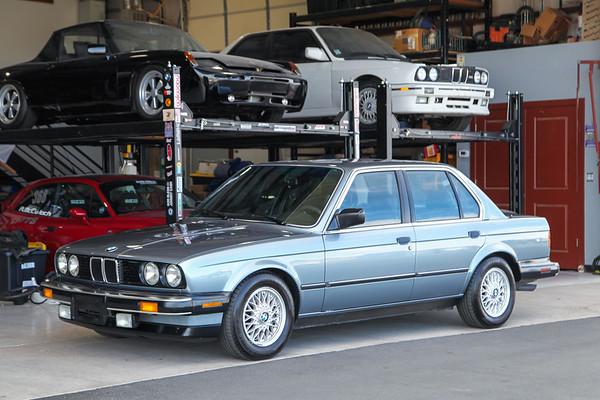 1987 BMW 325i Sedan