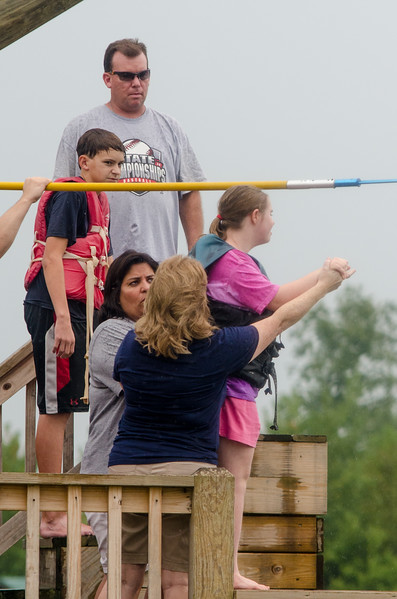 2014JrHighRetreat (105 of 215).jpg