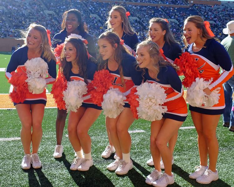 Virginia cheerleaders.jpg