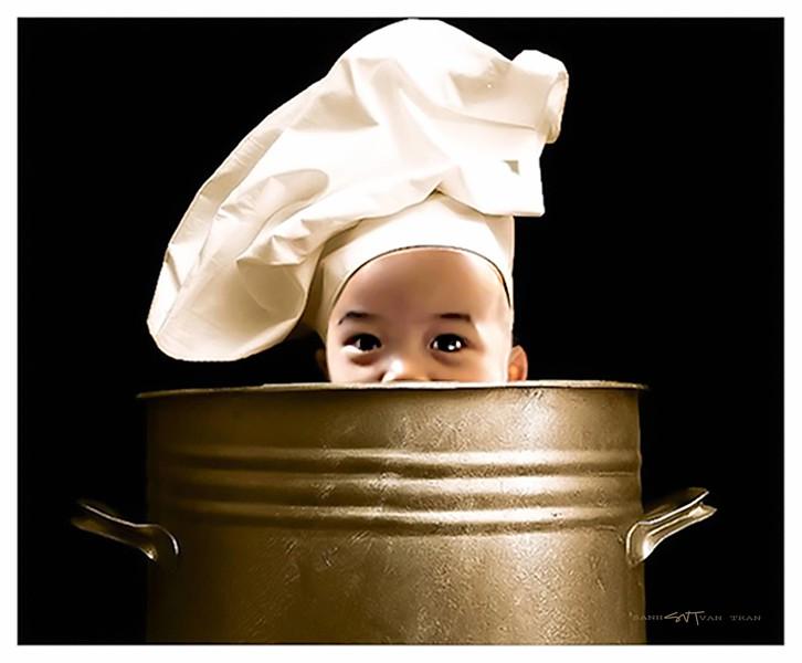 Logan-as-a-chef.jpg