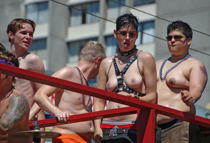 GayPrideParade-20070807-569A.jpg