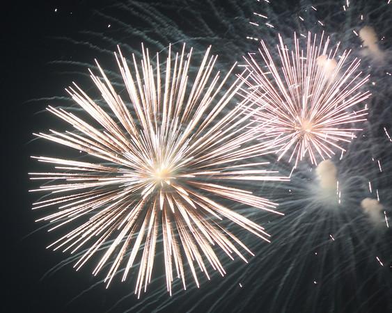 2011 - WHB Fireworks