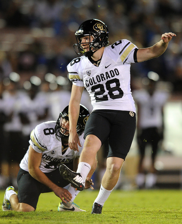 . Colorado\'s Will Oliver, of Harvard-Westlake High School, kicks a fourth-quarter field goal, Saturday, November 2, 2013, at the Rose Bowl. (Photo by Michael Owen Baker/L.A. Daily News)