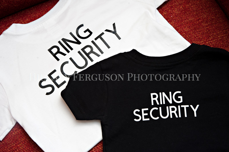 Hillary_Ferguson_Photography_Melinda+Derek_Getting_Ready015.jpg