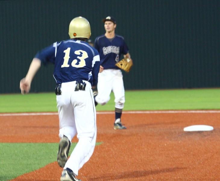 \\hcadmin\d$\Faculty\Home\slyons\HC Photo Folders\HC Baseball_State Playoffs_2012\20120513_133.JPG
