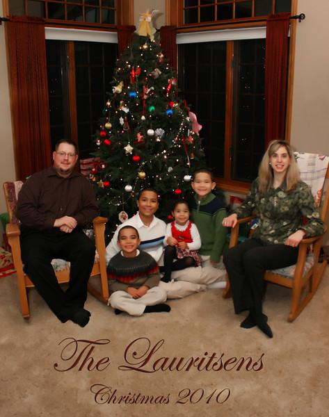 The lauritsens christmas 2010.jpg