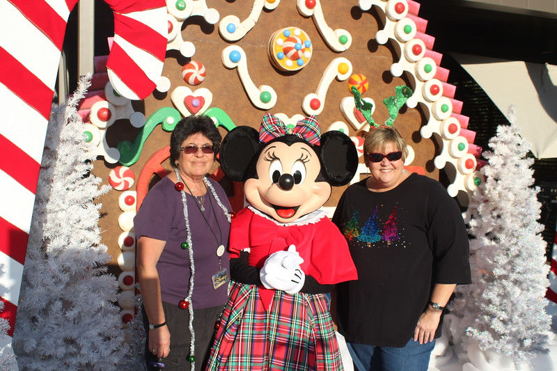Walt_Disney_Imagineering_Holiday_2017_Individuals_ (19).JPG