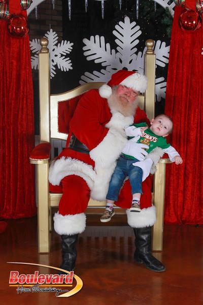 Santa 12-17-16-338.jpg